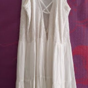 Abercrombie & Fitch Dresses - Abercrombie and Finch Cream Colored Festival Dress